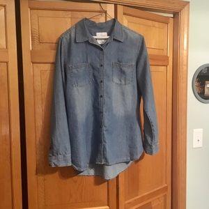 Long sleeve chambray button down shirt
